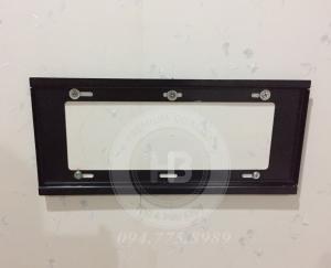 IMG 1711 1 300x243 - Cách lắp đặt giá treo tivi thẳng sát tường